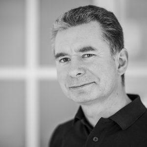 DR. PATRICK KOSYTORZ
